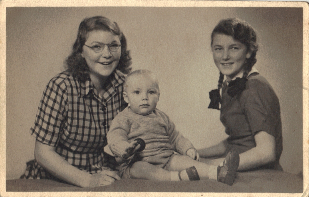 Joyce, Bill and June Church